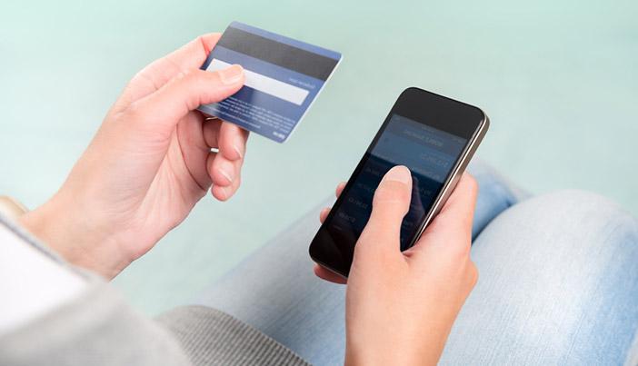 購入方法によって価格が大きく変わる点に注意が必要