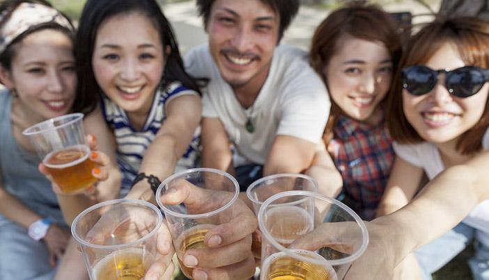 ペアーズで女性の飲み友達を作るメリットと注意点